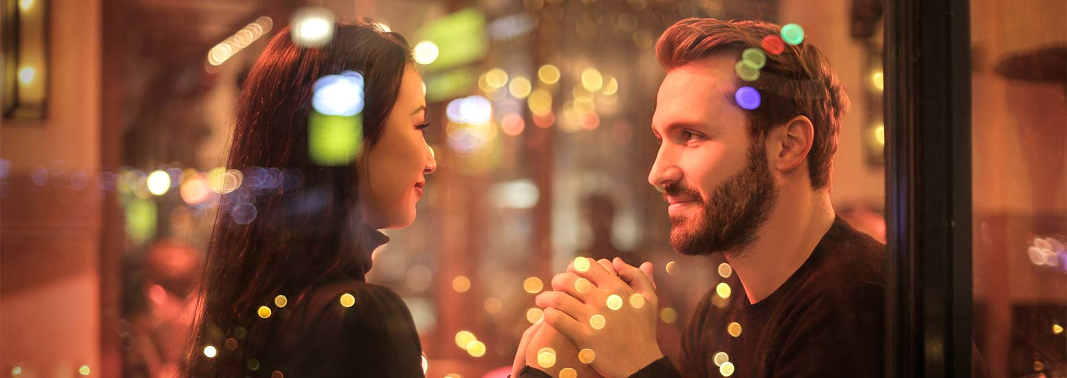 First Date Tips – How to Survive (and Enjoy) Your First Date